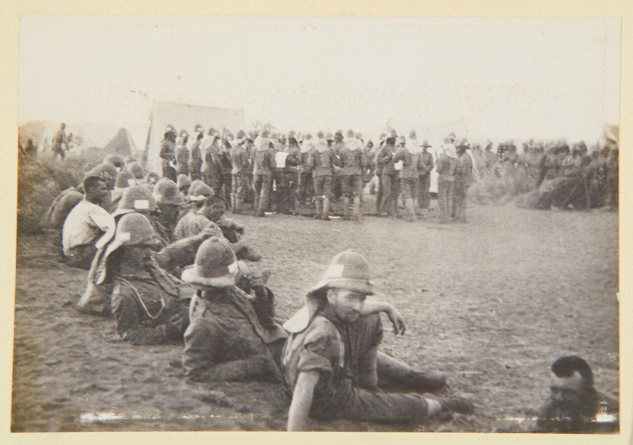 Август 1898. Оркестр Королевского линкольнширского полка играет «Гондольеров»