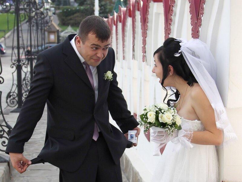 Сколько в среднем уходит на свадьбу денег