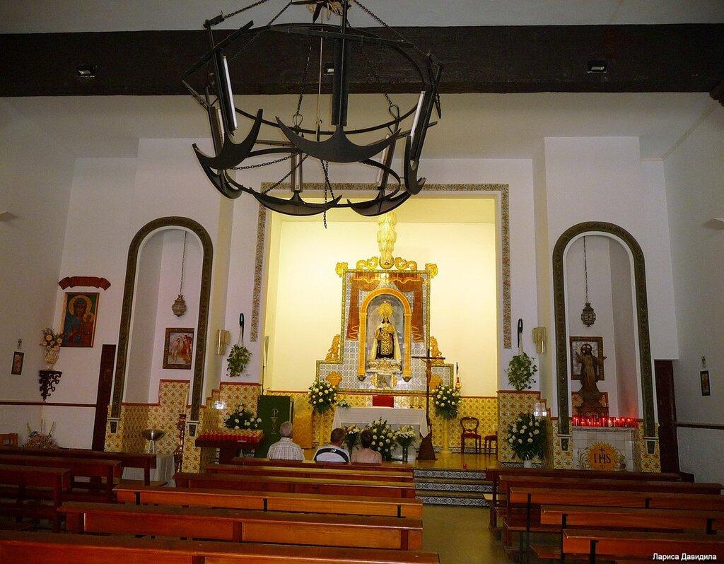La Iglesia de Nuesra Senora del Carmen- (9).jpg