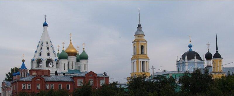 Вид в сторону Соборной площади от центра конькобежного спорта