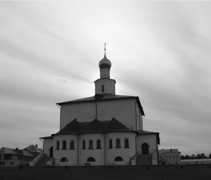 Богоявленский собор в Старо-Голутвинском монастыре