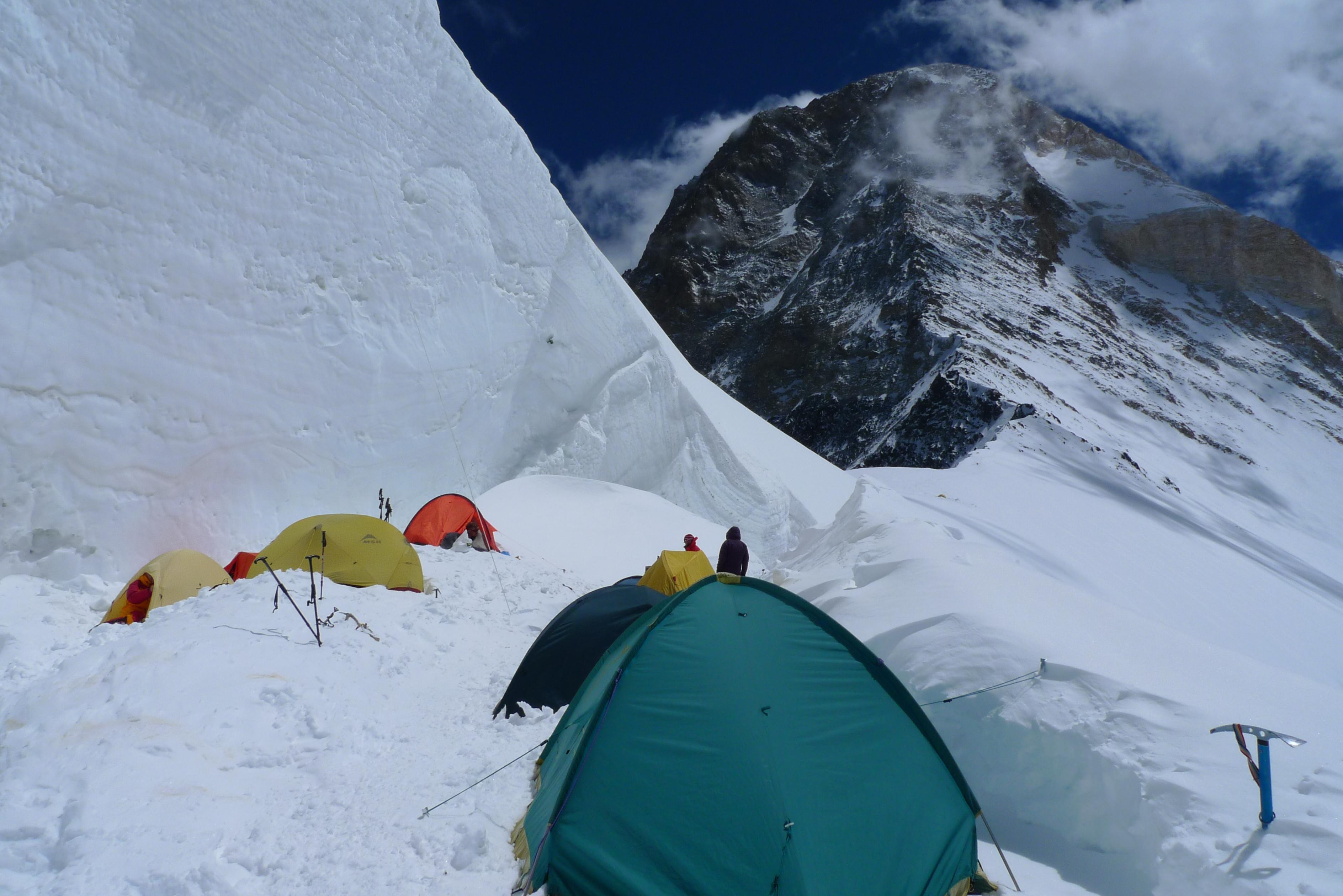 Хан-Тенгри, палатка MSR Hubba Hubba