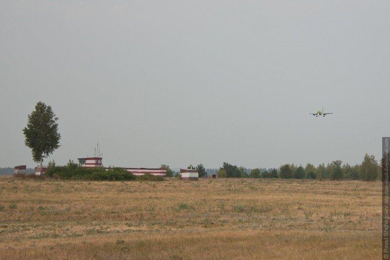 праздничная экскурсия на территорию аэропорта Курумоч, посвященная Дню воздушного флота России...