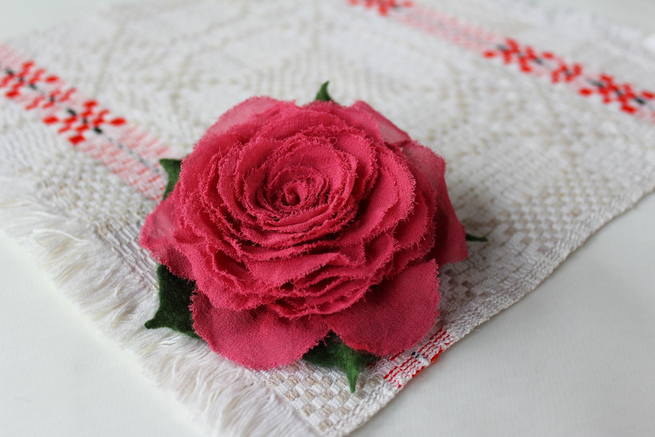 Шёлковая роза
