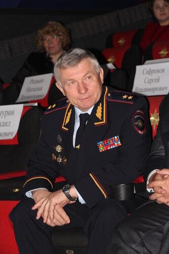 Ю. М. Прощалыкин - почетный гость кинофестиваля.JPG