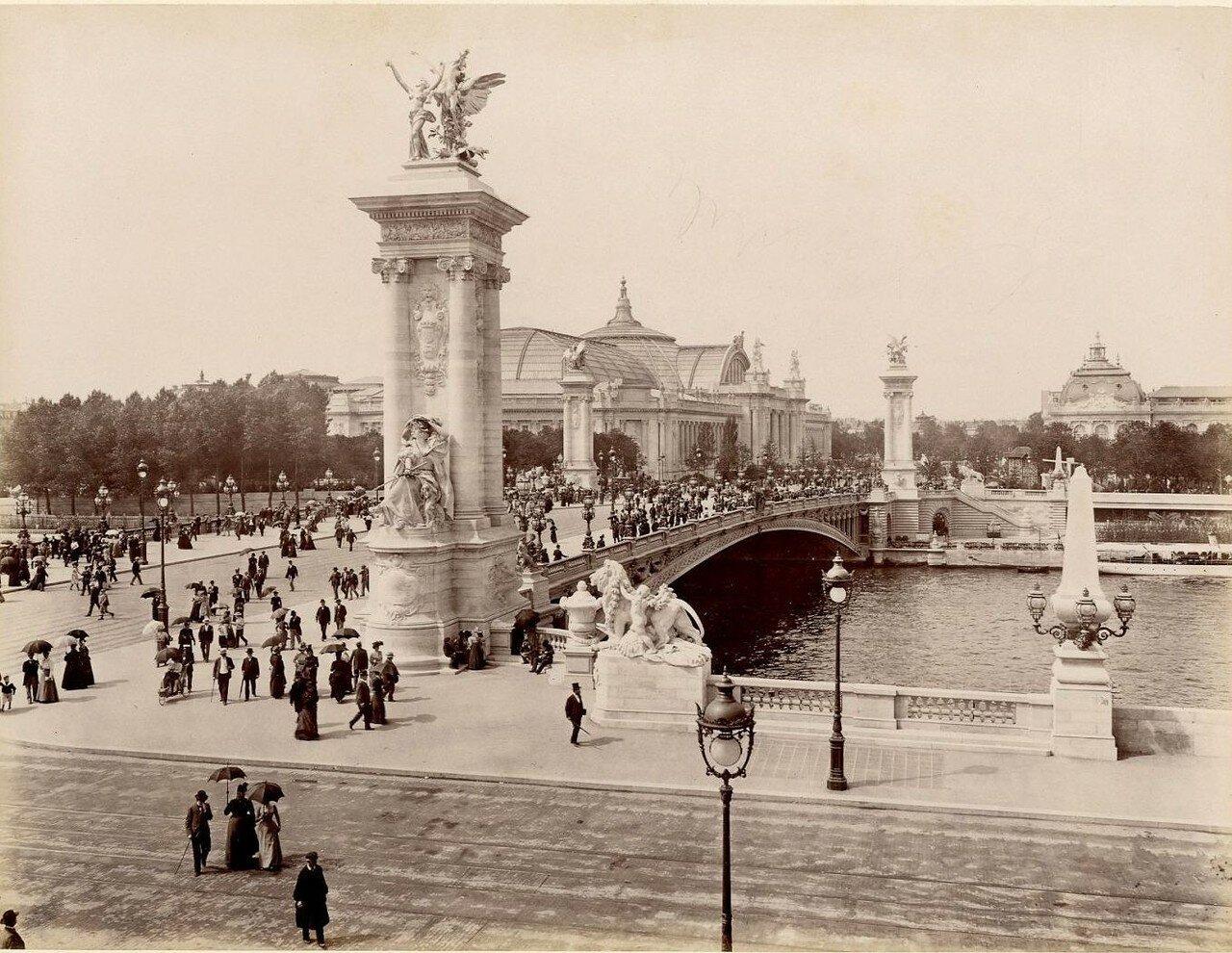 Мост Александра III и Новый дворец