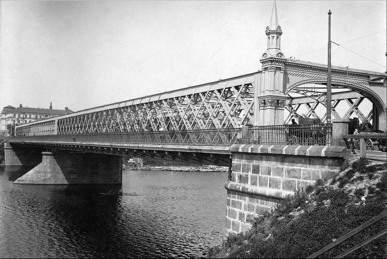 493. Крымский мост