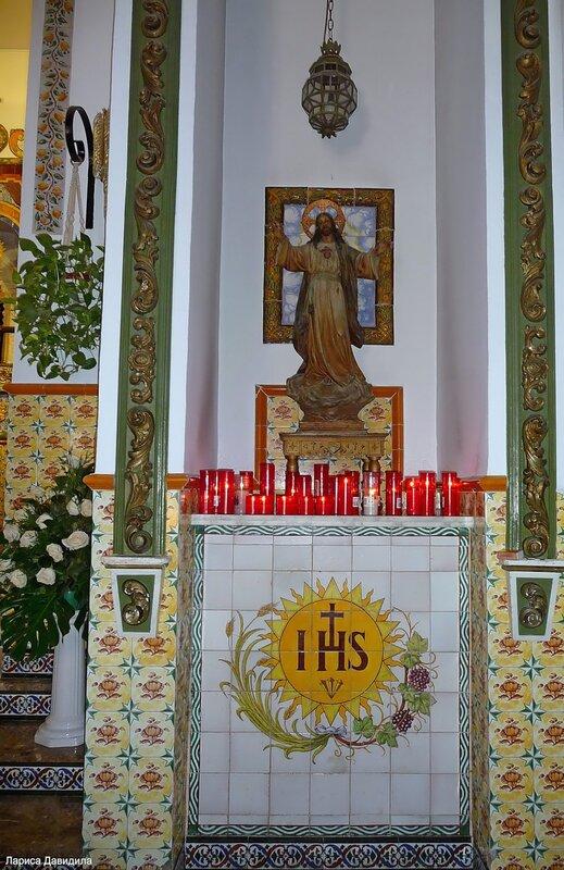 La Iglesia de Nuesra Senora del Carmen- (10).