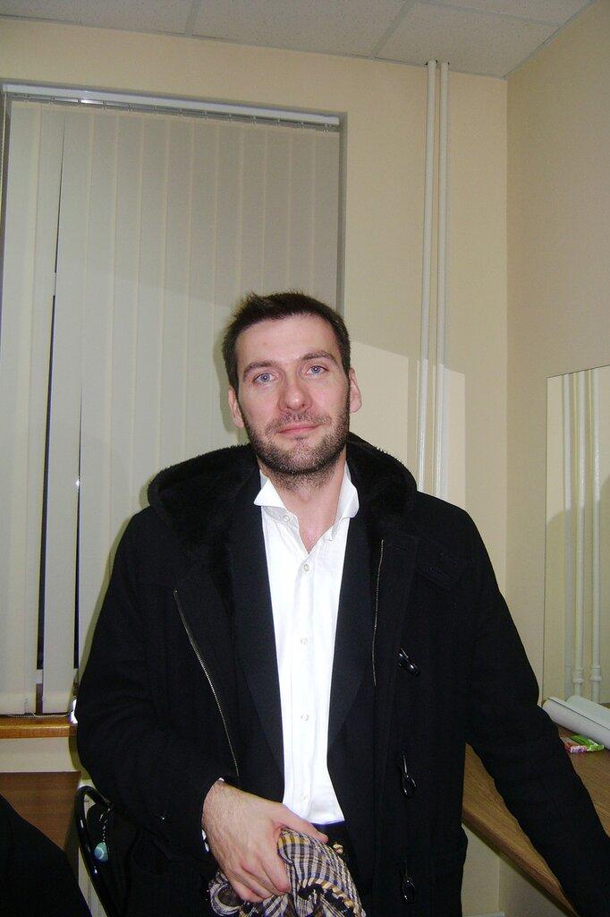 NICOLAS COURJAL