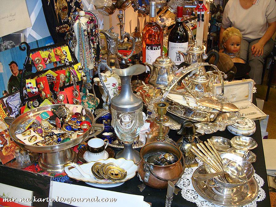 Москва. Блошиный рынок на Тишинской площади