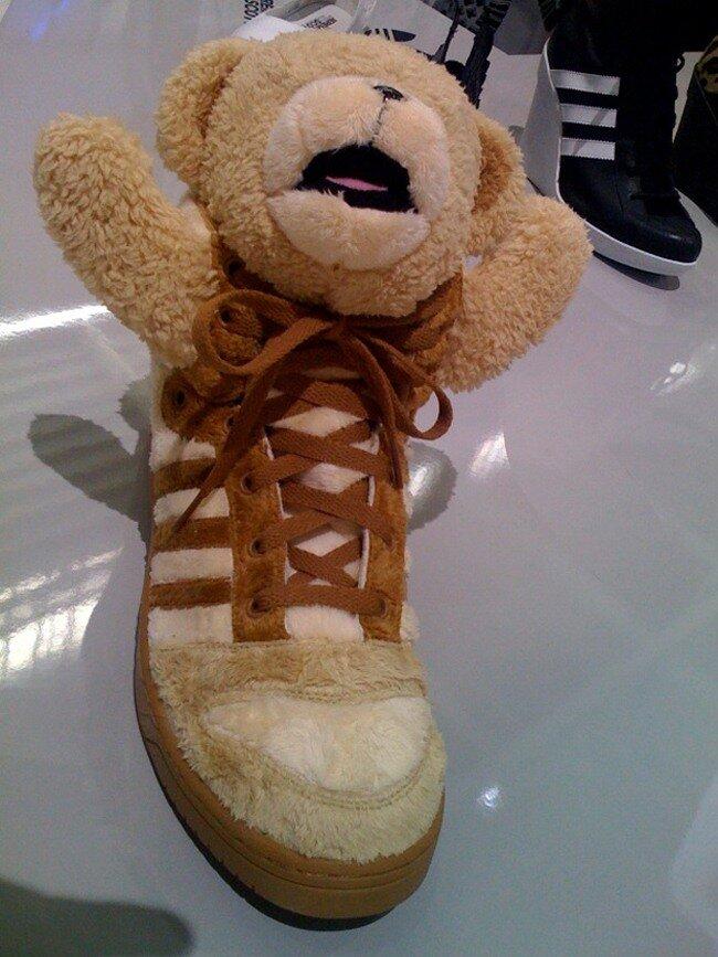 Jeremy Scott aAdidas – Teddy Bear