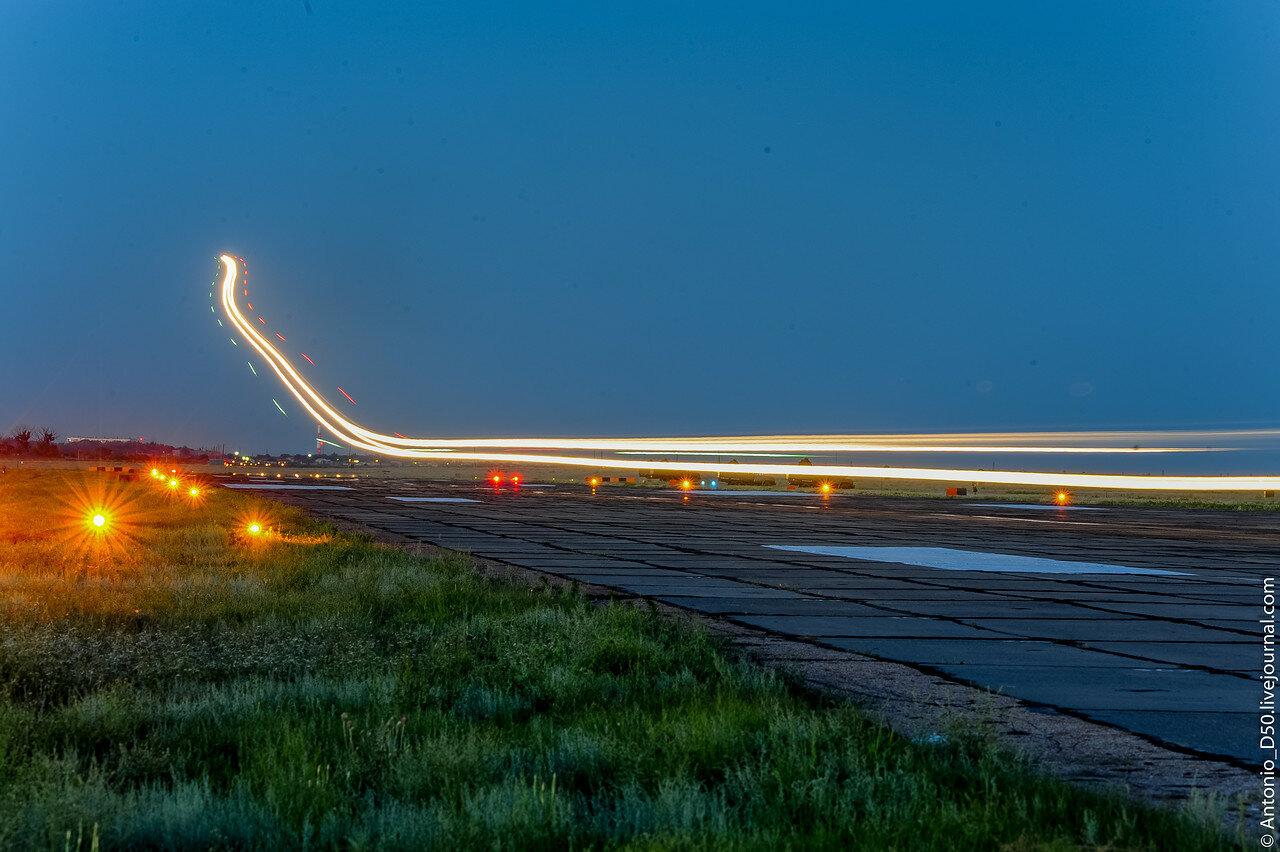 Ночная посадка МиГ-29.