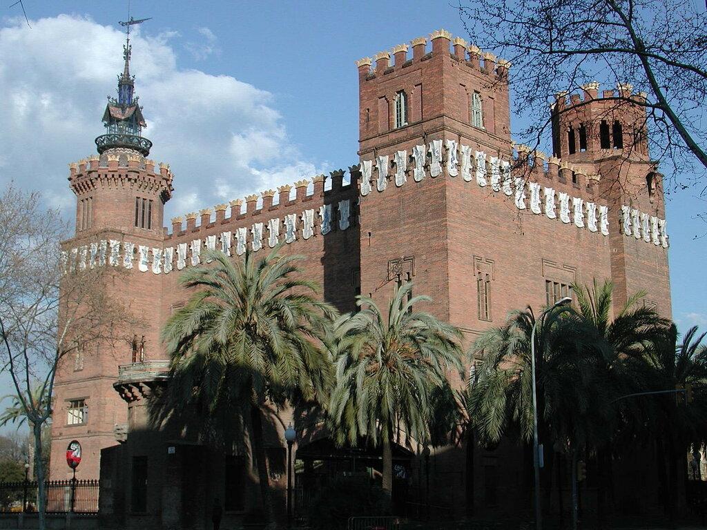1280px-Barcellona_palazzo.jpg