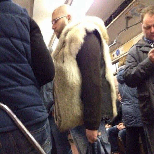 самые-странные-люди-в-метро17.jpg