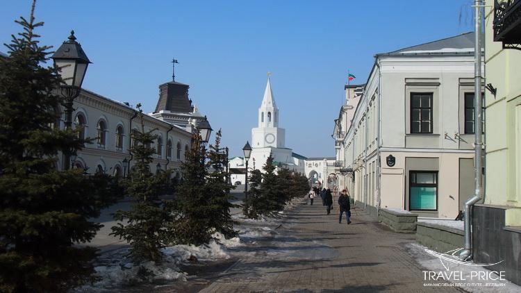 Кремль с улицы Кремлевской Казань