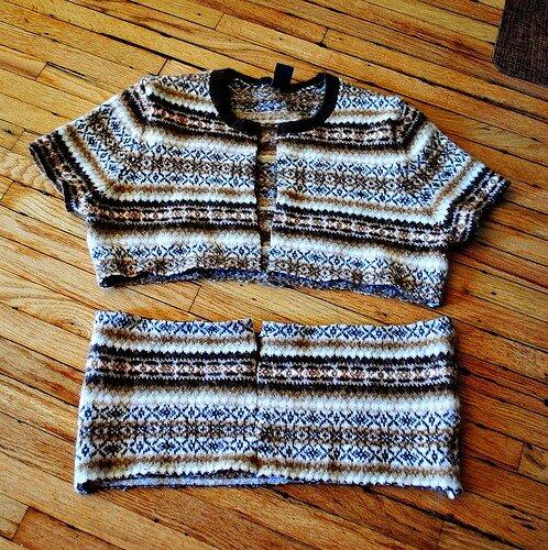 одежда.  Как переделать старый свитер.