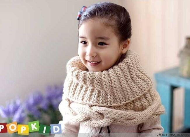 Оригинальный шарф-снуд.  Вязание спицами.