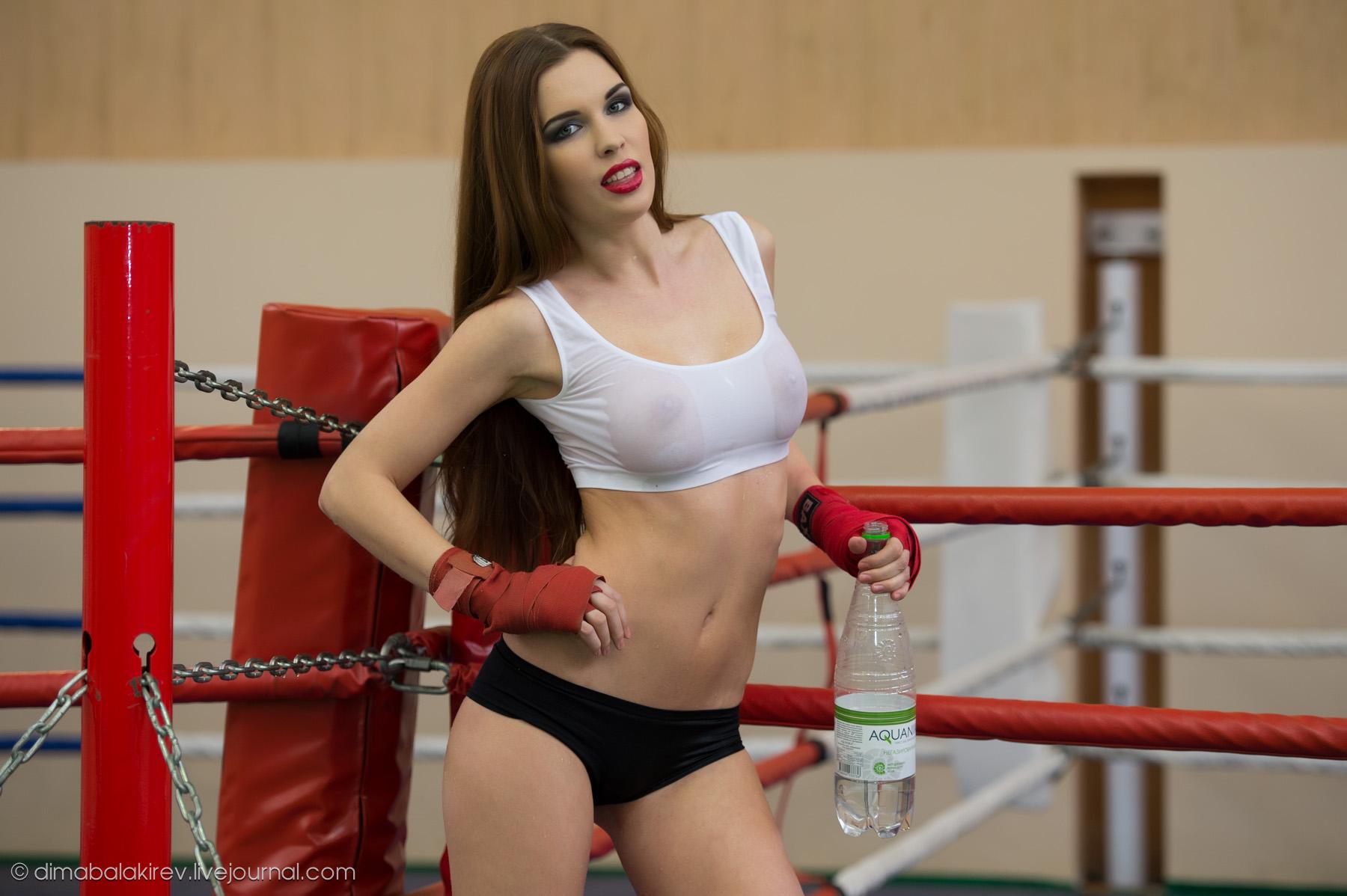 Фото девушек с м1 в ринге