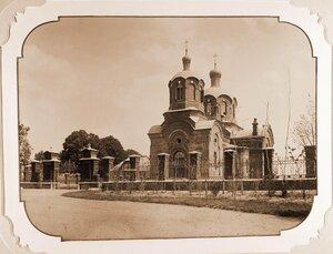 Общий вид здания православной Беловежской церкви.