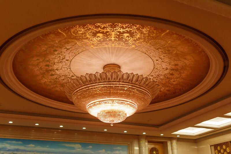Люстра в Зале Пекина