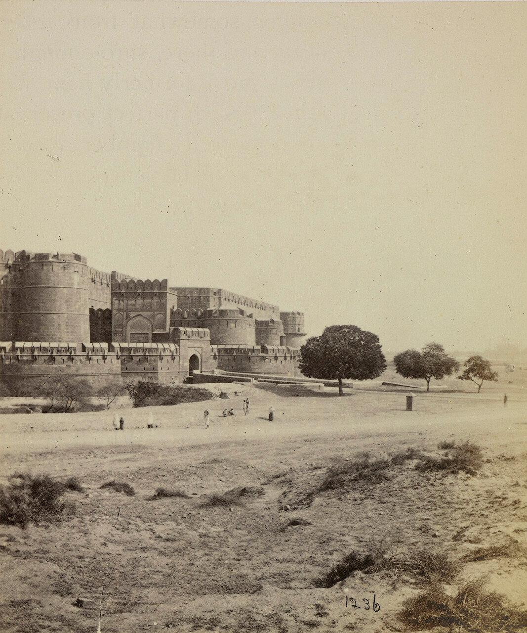 58. Лахорские ворота в Красном форте Агры