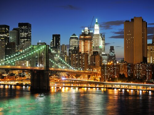 New york Manhattan bridge after sunset