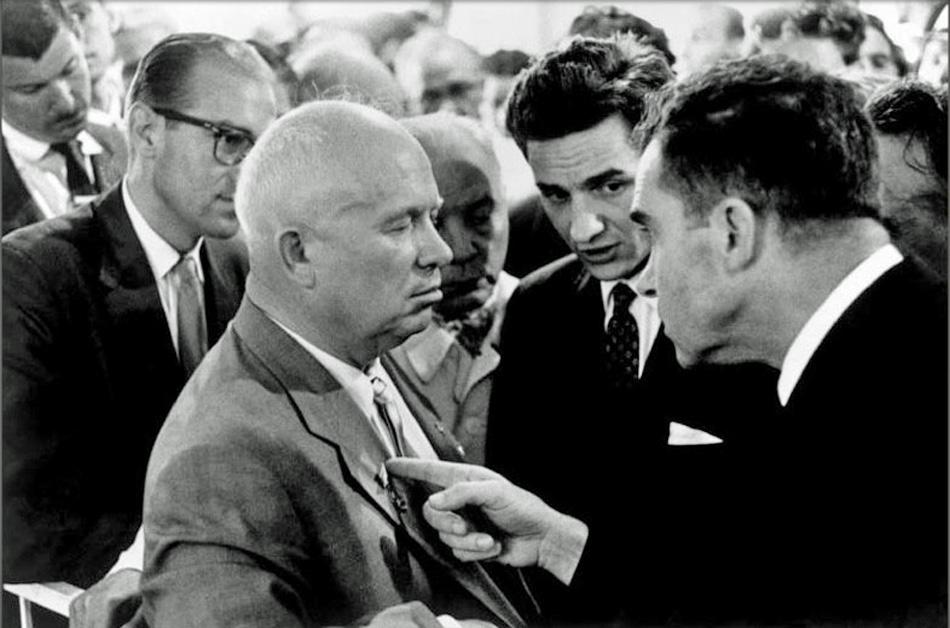 Эрвитт Эллиотт(8) Хрущёв и Никсон, Москва, Американская выставка, 1959 год(950).jpg