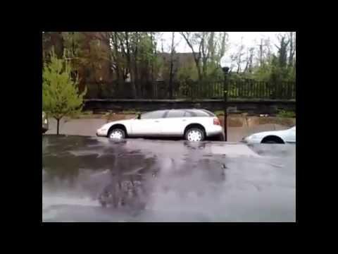 Балтимор после сильных дождей.