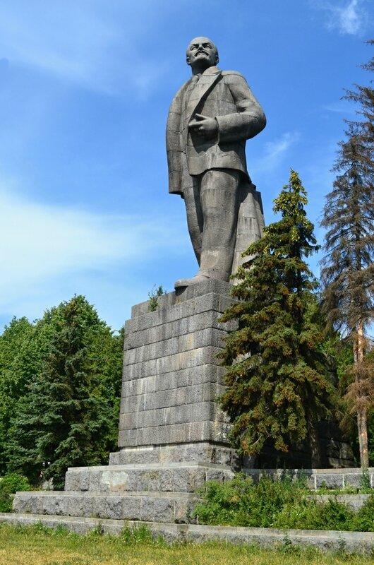 418 Дубна Иваньковское водохранилище памятник Ленину (37м).JPG