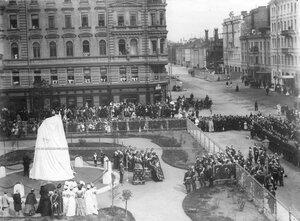 Богослужение перед открытием памятника подвигам Саперного батальона .