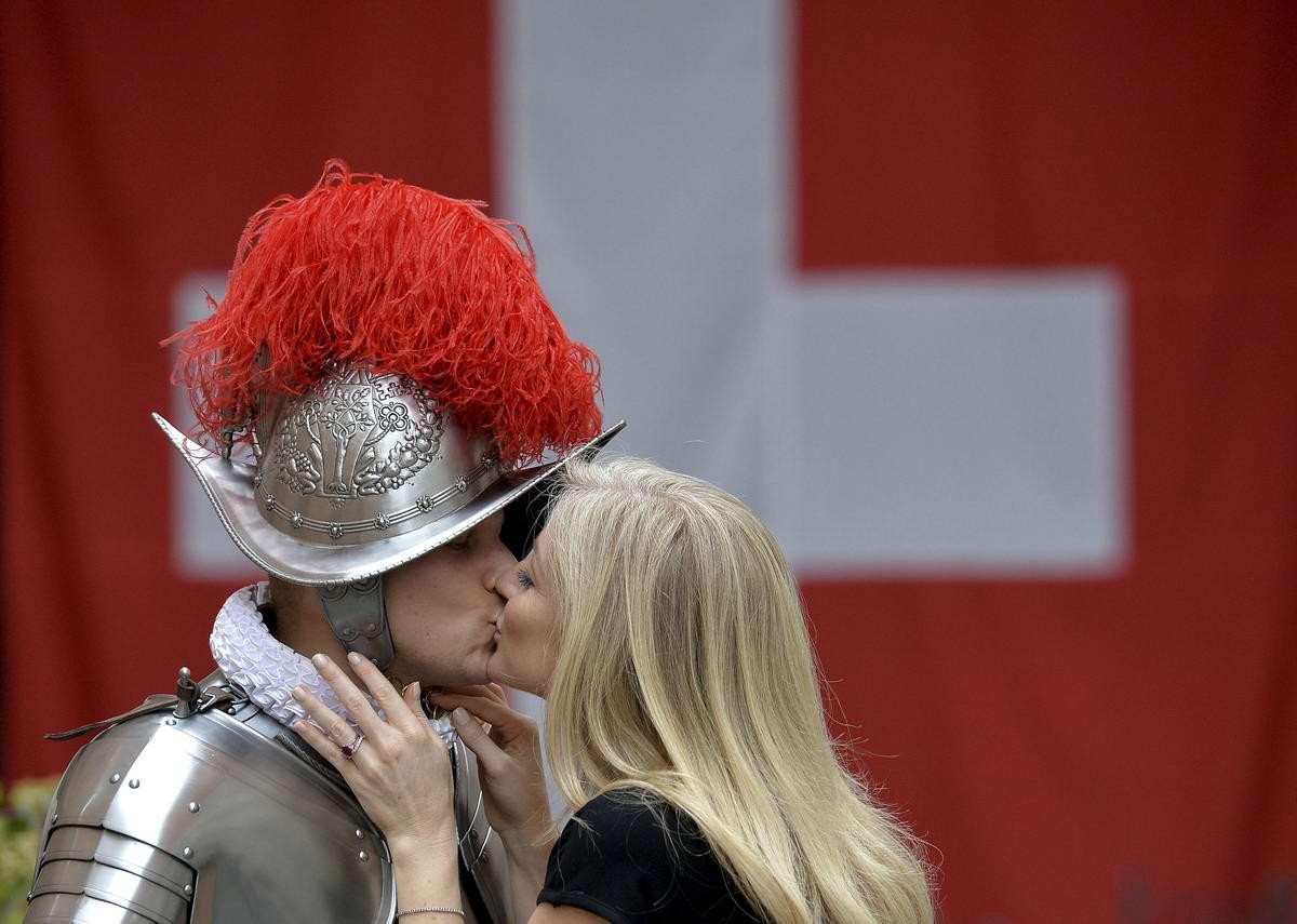 Швейцарская гвардия Ватикана: Новобранцы присягают на верность Папе Римскому (31)