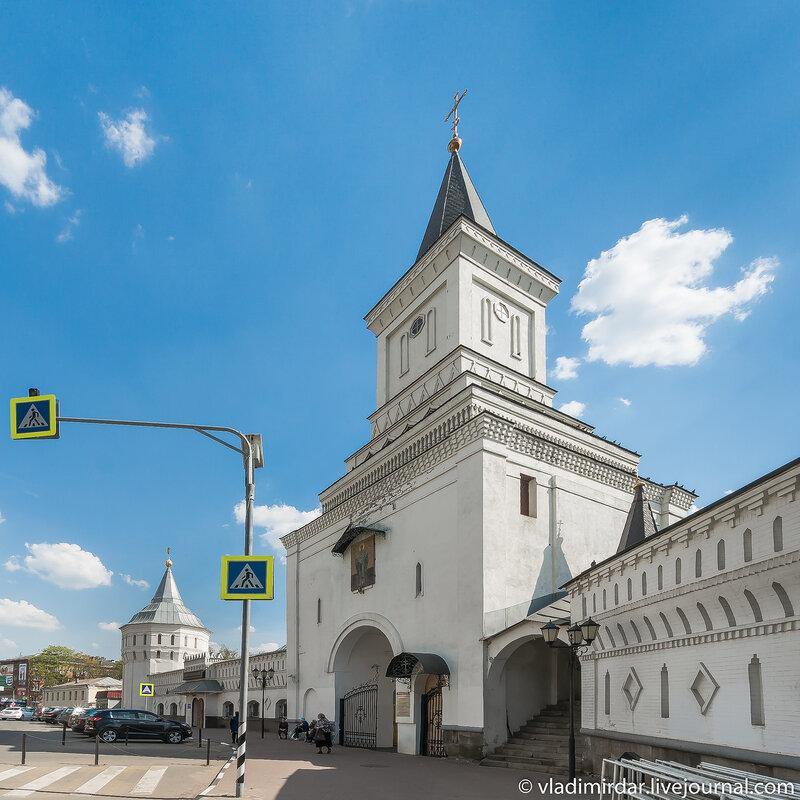 Святые Врата Николо-Угрешского монастыря