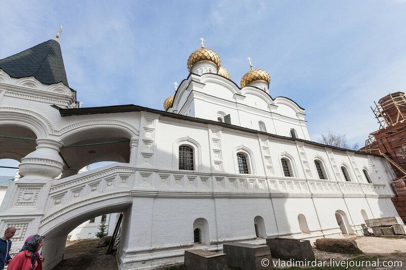 Троицкий собор. Западная галерея. Ипатьевский монастырь. Кострома. Золотое Кольцо.