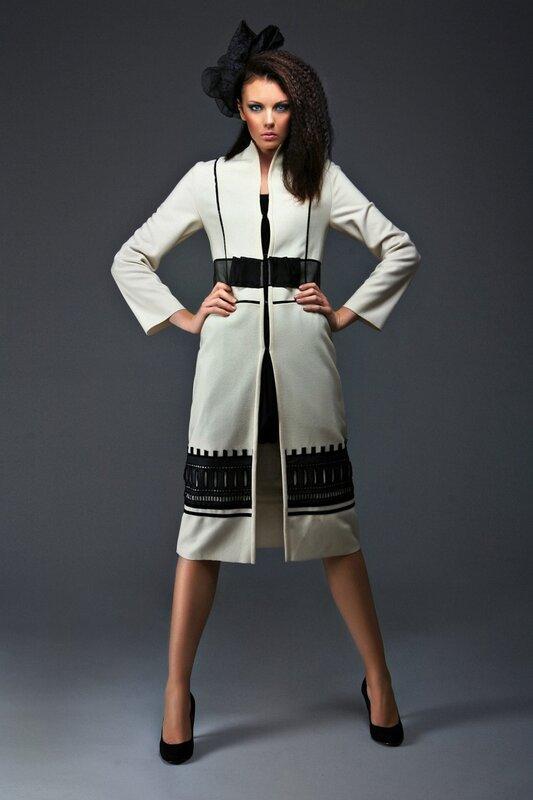 дизайнерское женское пальто