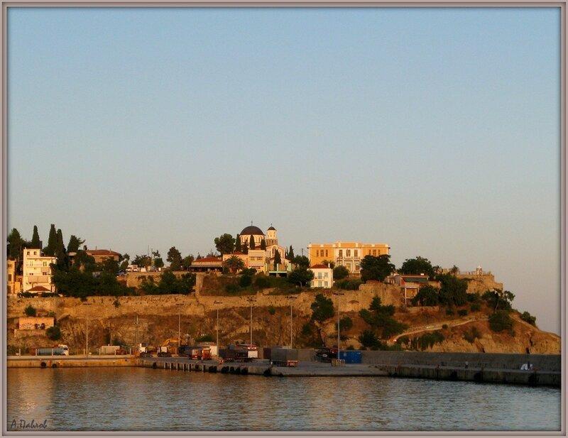 Кавала с моря - город и крепость (7).jpg