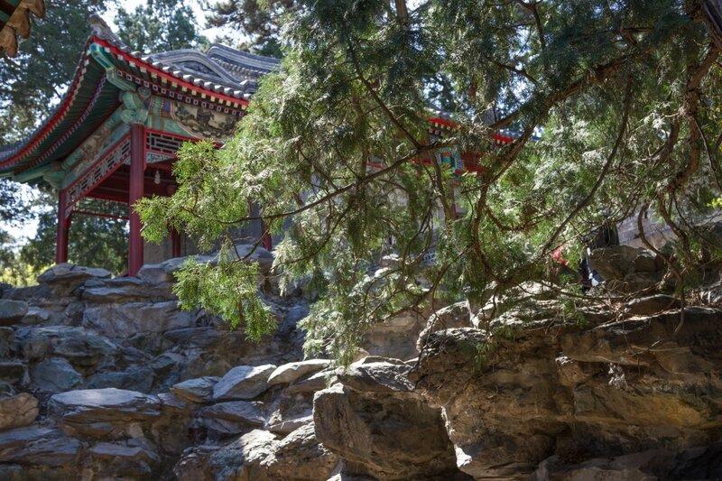 Беседка на скале, парк Сяншань, Пекин