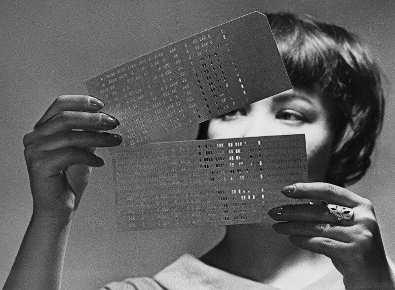 Советское фотоискусство 60-70х.Яков Халип. Язык племени Майя разгадан. 1962