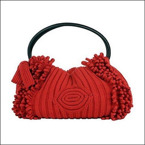 Вязание сумки спицами схема с рельефными узорами. спицами.