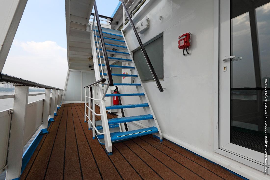 теплоход княжна виктория фото левый борт шлюпочной палубы