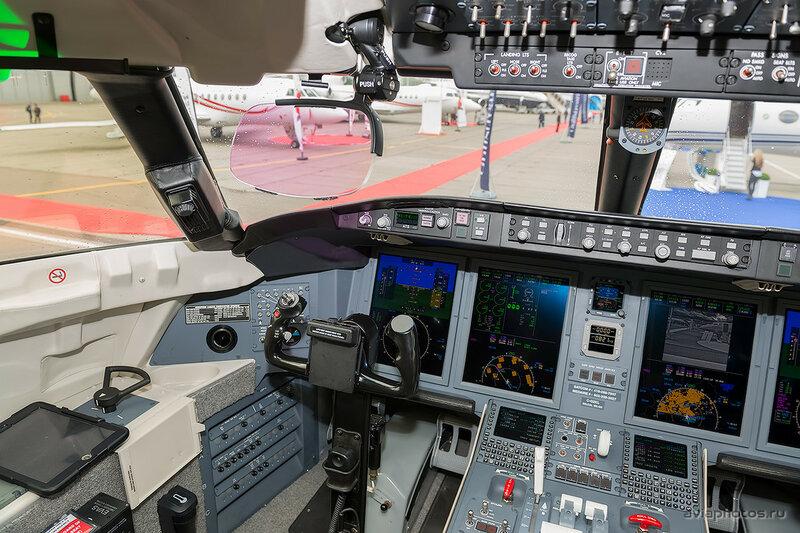 Bombardier CL-600-2B16 Challenger 650 (C-GZKL) Bombardier Aerospace D807514