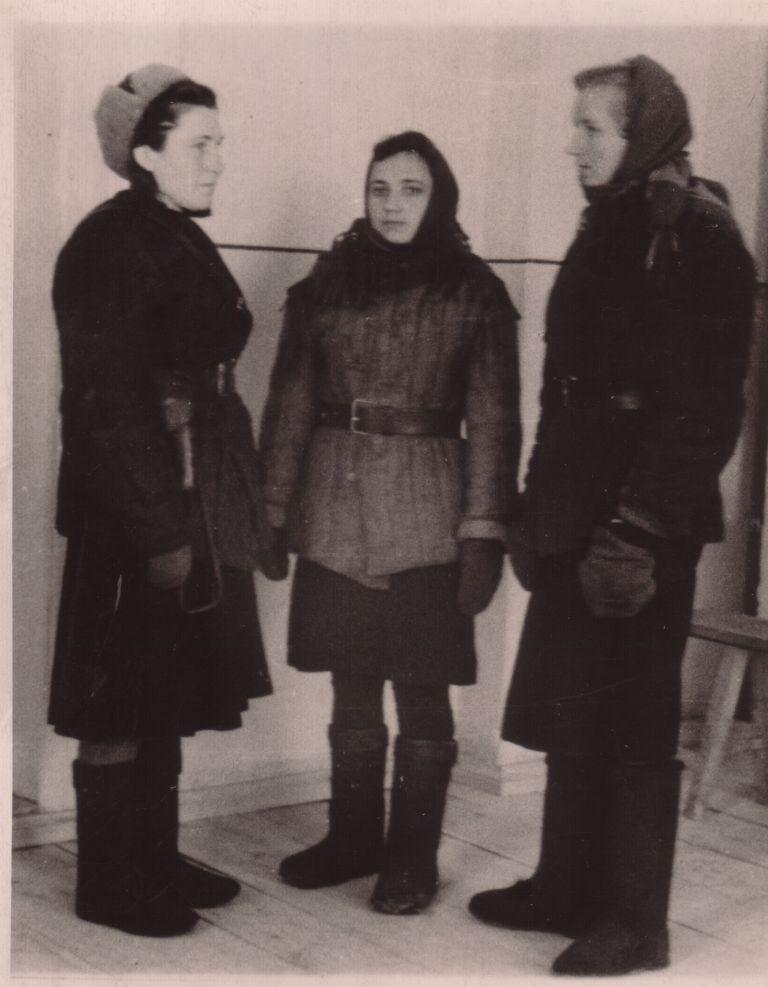 partizanki-volkova-dmitri.jpg