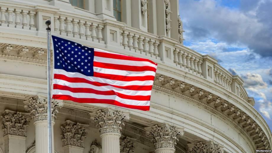 США не послаблюватимуть санкций против России – советник Трампа