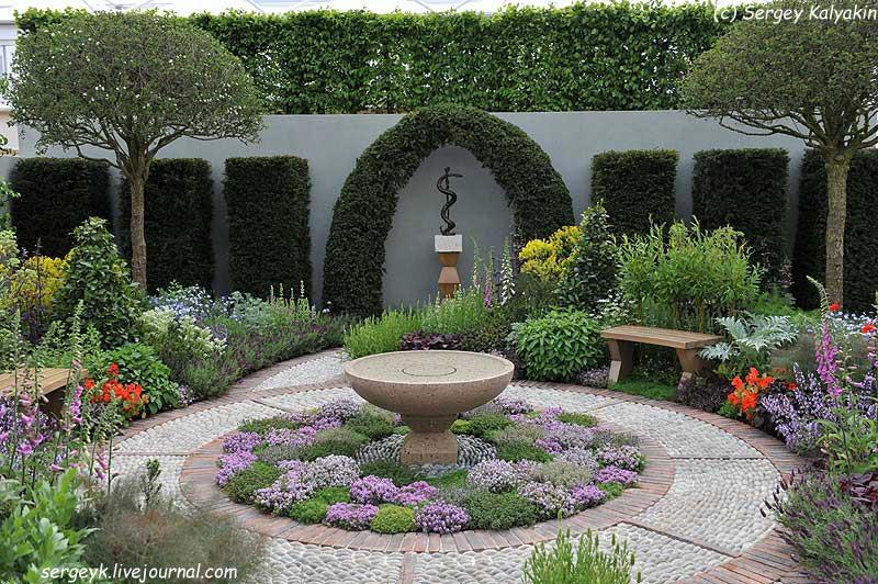 A modern Apothecary Garden (24).jpg