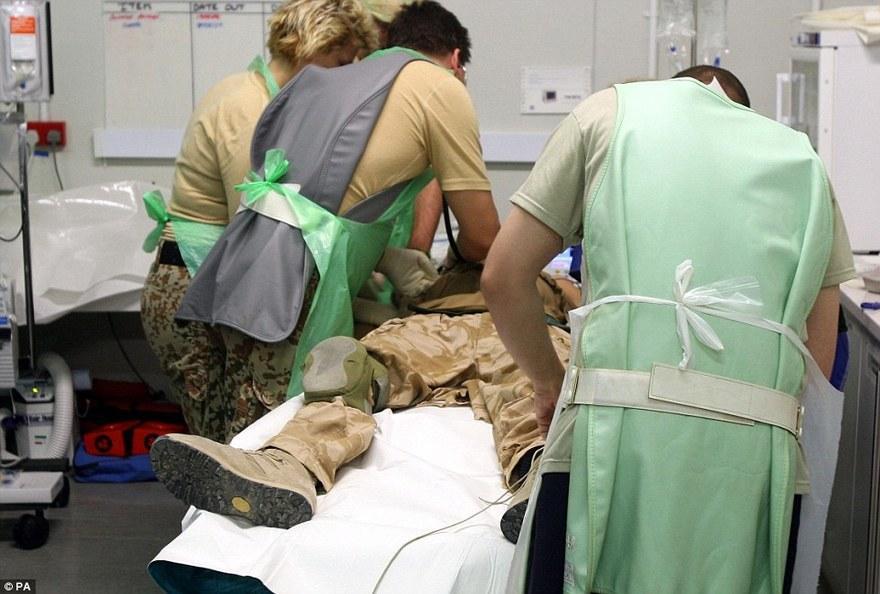 11. Самый переполненный травма-госпиталь – Кэмп Бастион Эта одна из самых оживленных больниц на план