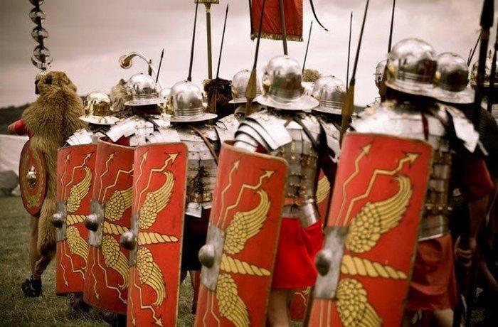 1. Сезоны и войны Во время ранней истории римлян существовала определенная проблема в ведении войн —