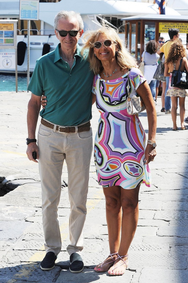 Бернар Арно и Элен Мерсье Бернар Арно — владелец модных домов Dior, Givenchy, Selin, Lacroix, Kenzo,