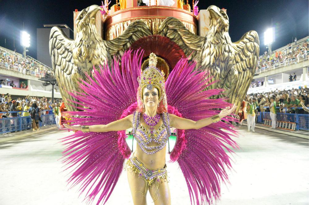 Бразильский карнавал — 2017: яркие моменты и откровенные костюмы