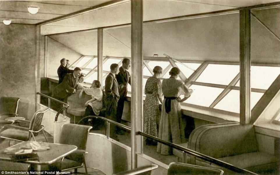 Дирижабль «Гинденбург» над Нью-Йорком в 1937 году. «Гинденбург» был гордостью Третьего рейха. На кор