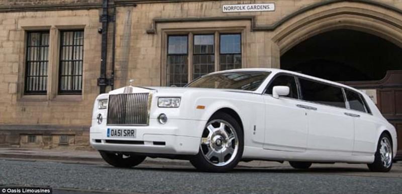 Этот лимузин с восемью посадочными местами и салоном, отделанным тонкой дорогой кожей, особенно люби
