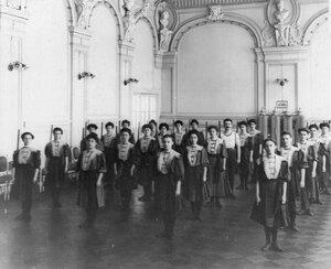 Женская группа на занятиях